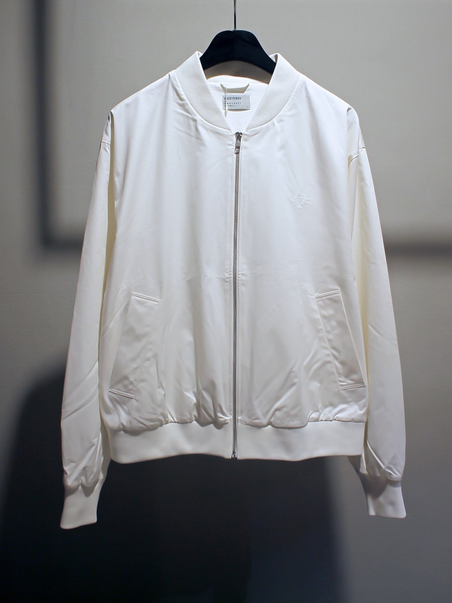 [Fred Perry X Margaret Howell ] Tennis Bomber - Snow White