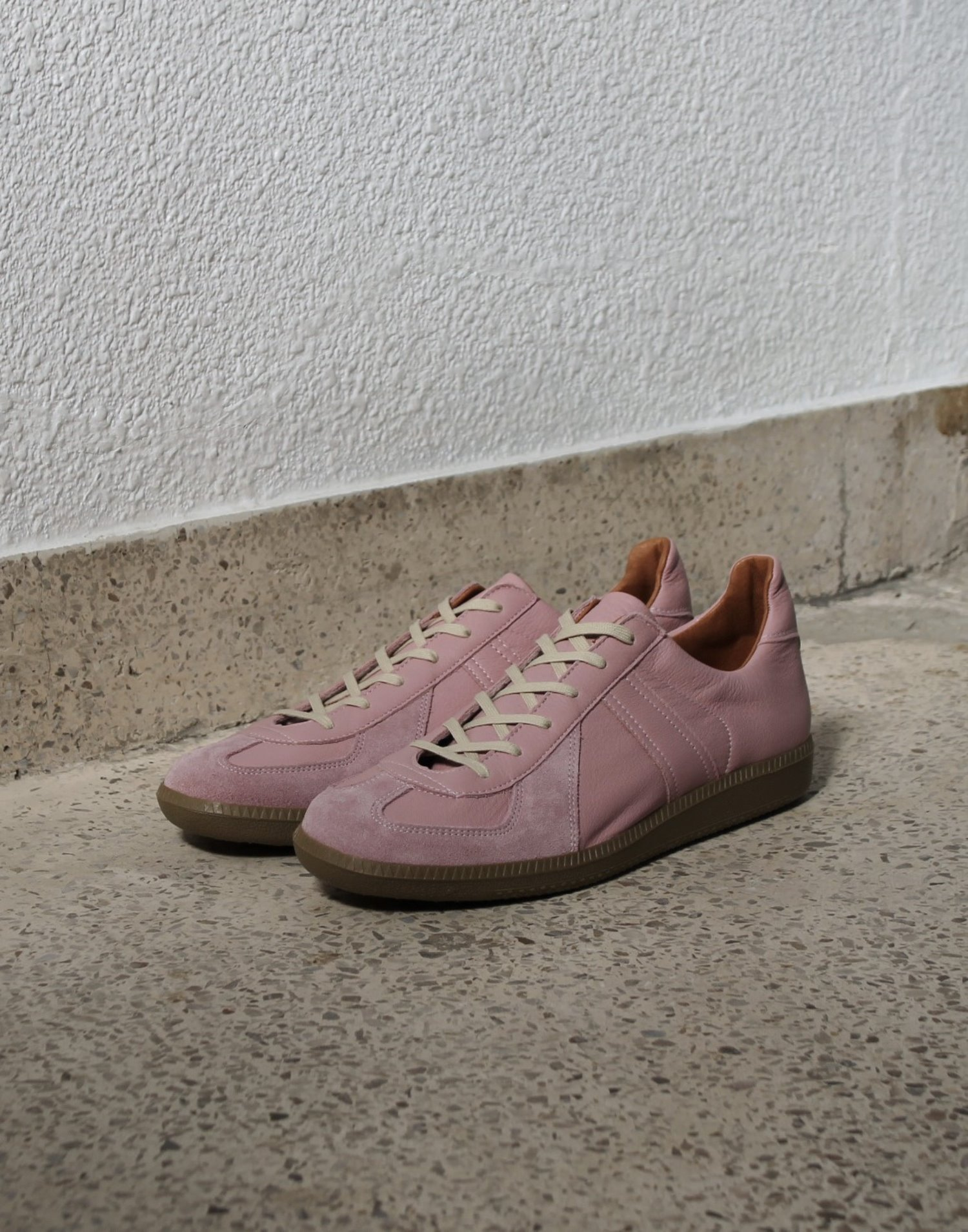 [Reproduction of Found] German Military Trainer 1700L - Light Pink