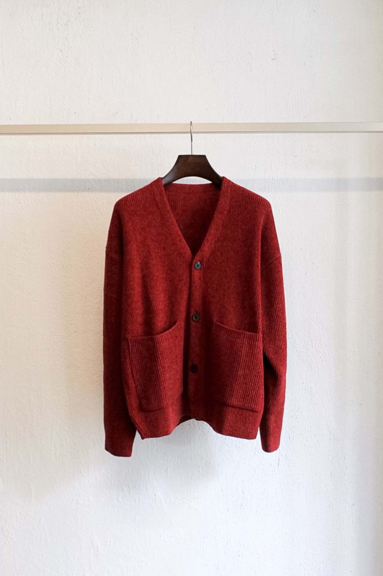 [DOCUMENT] Wool Blend V Cardigan - Brick Red