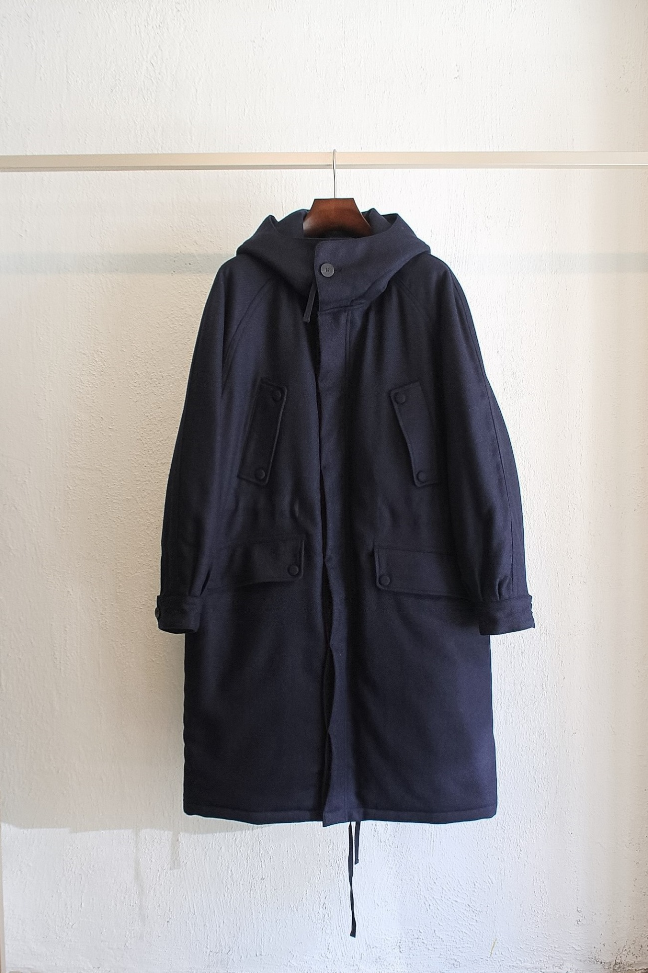 [DOCUMENT] Padded Wool Parka- Navy